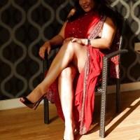 Bangladeshi Sexy & Boobsy Bhabi Aunty 'Shahana'