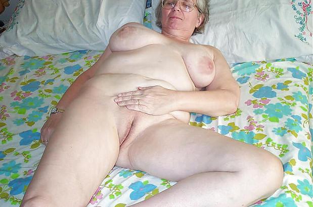 Mature sleeping nude