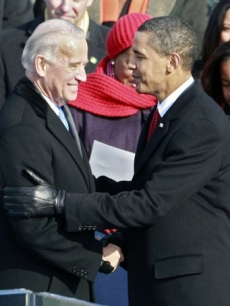 83307_barack-obama-congratulates-joe-biden-after-he-is-sworn-in-as-vice-president