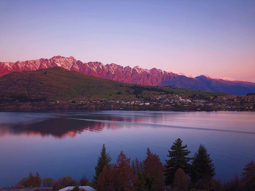 View of Lake Wakatipu from Queenstown