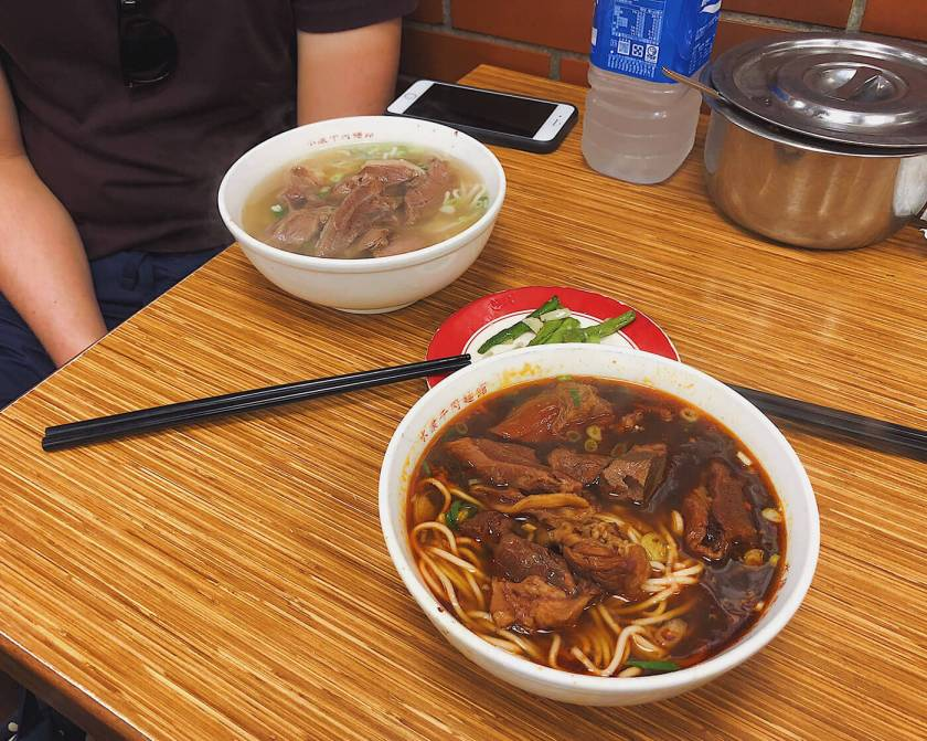 Two styles of broth at Yong Kang Beef Noodle