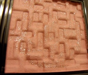 Love the way the blush is pressed!