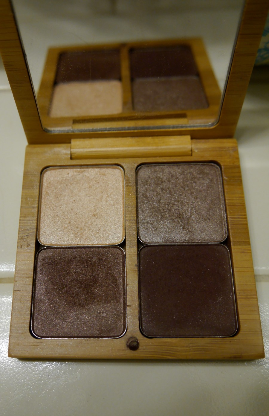 tarte-amazonian-clay-eyeshadow-quad-palette-eyeshadow-swatches.jpeg
