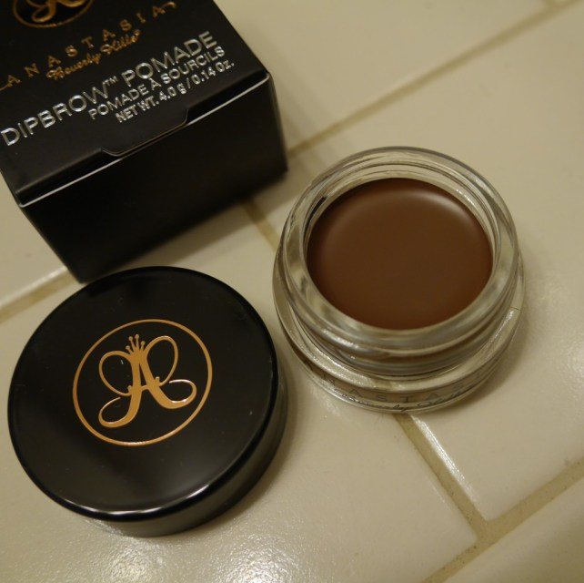 anastasia-beverly-hills-eyebrows-dipbrow-auburn-pomade-review-demo-swatch.jpeg