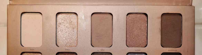 stila-in-the-light-palette-eye-makeup-basic-tutorial.jpeg