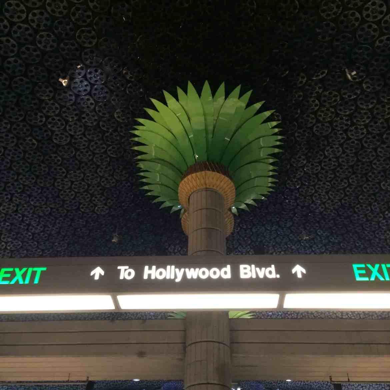 l-a-subway-hollywood.jpeg