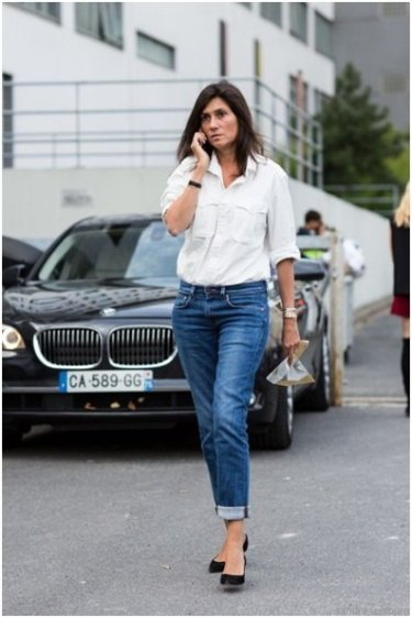 What not to wear Paris - classic jeans and white shirt