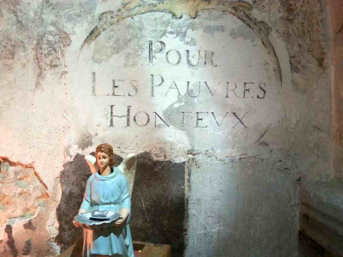 The Santons of Provence