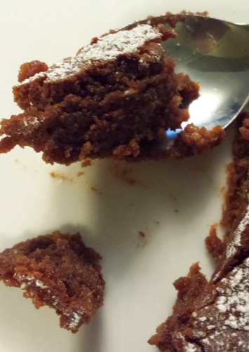 French Flourless Chocolate Cake