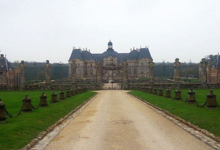 Silent Sunday - Château de Fontainebleau - 55 kilometres southeast of the centre of Paris