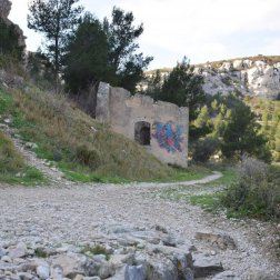 Provence's Côte Bleue - Fort Niolon - diverging paths-