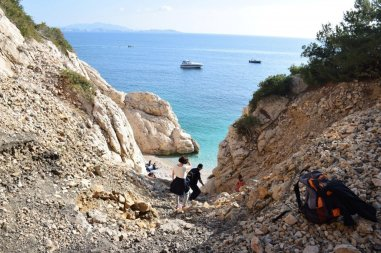The Côte Bleue - Provence's Blue Coast - treacherous path down to Calanque d'Erevine