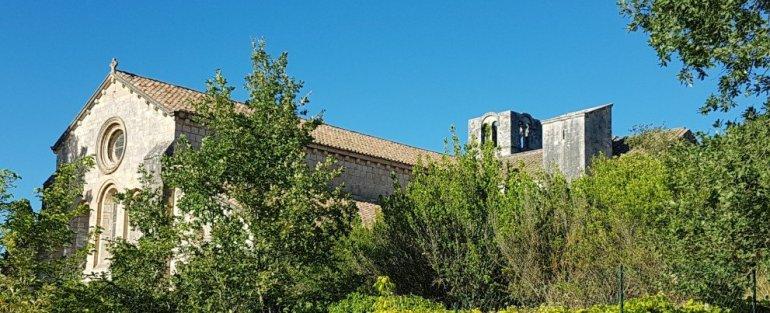Abbaye Silvacane - Provences Cherry Festival - La Roque d'Anthéron