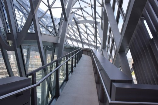 Modern architecture at the Musée des Confluences