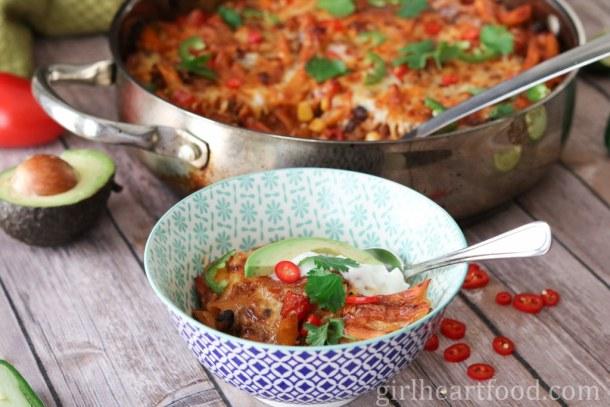 Chili Pasta Bake {One Pot Dinner} - girlheartfood.com