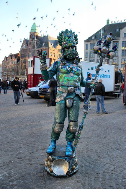 amsterdam-neptune-at-dam-square