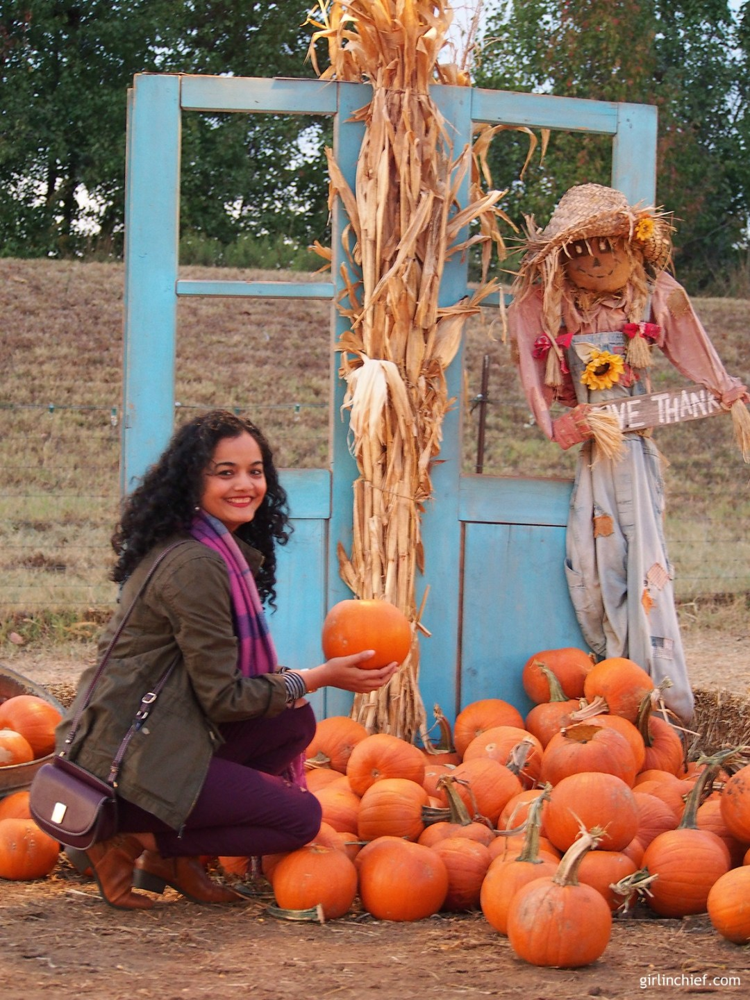 halloween-halls-pumpkin-farm-girlinchief-4