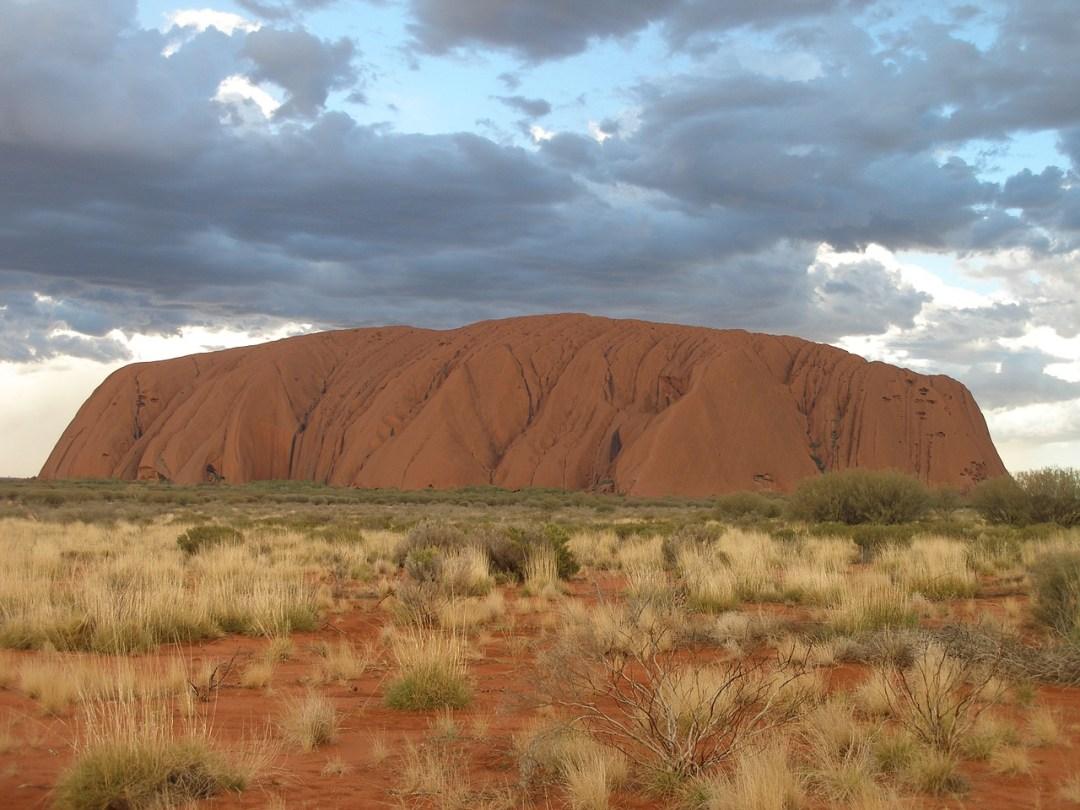 girlinchief-top-four-sightseeing-stunners-in-australia-uluru