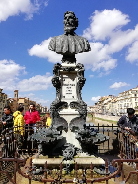 "Statue of Benvenuto Cellini ""The Goldsmiths Master of Florence"" at Ponte Vecchio."