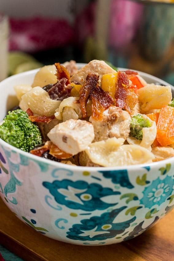Chicken Chipotle Pasta Salad | girinthelittleredkitchen.com