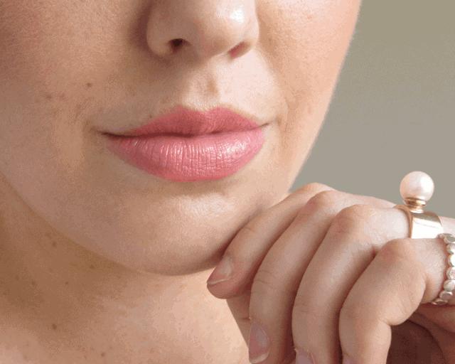 mac razzle-dazzler lipstick review swatch