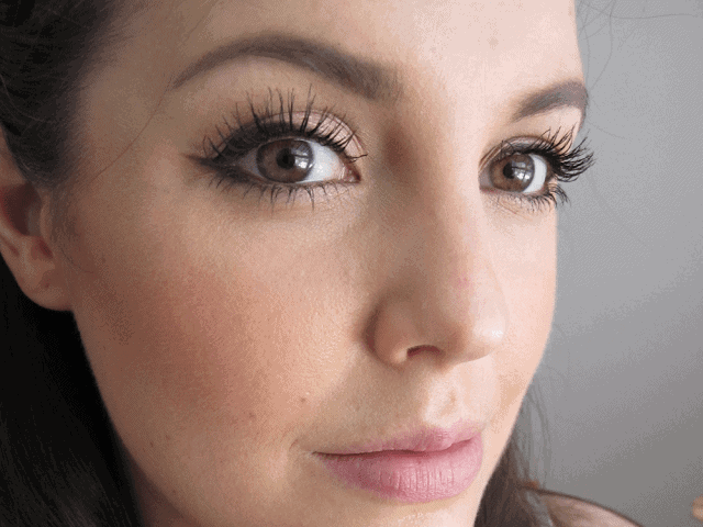 The Charlotte Tilbury Method Feline Flick Winged Liner