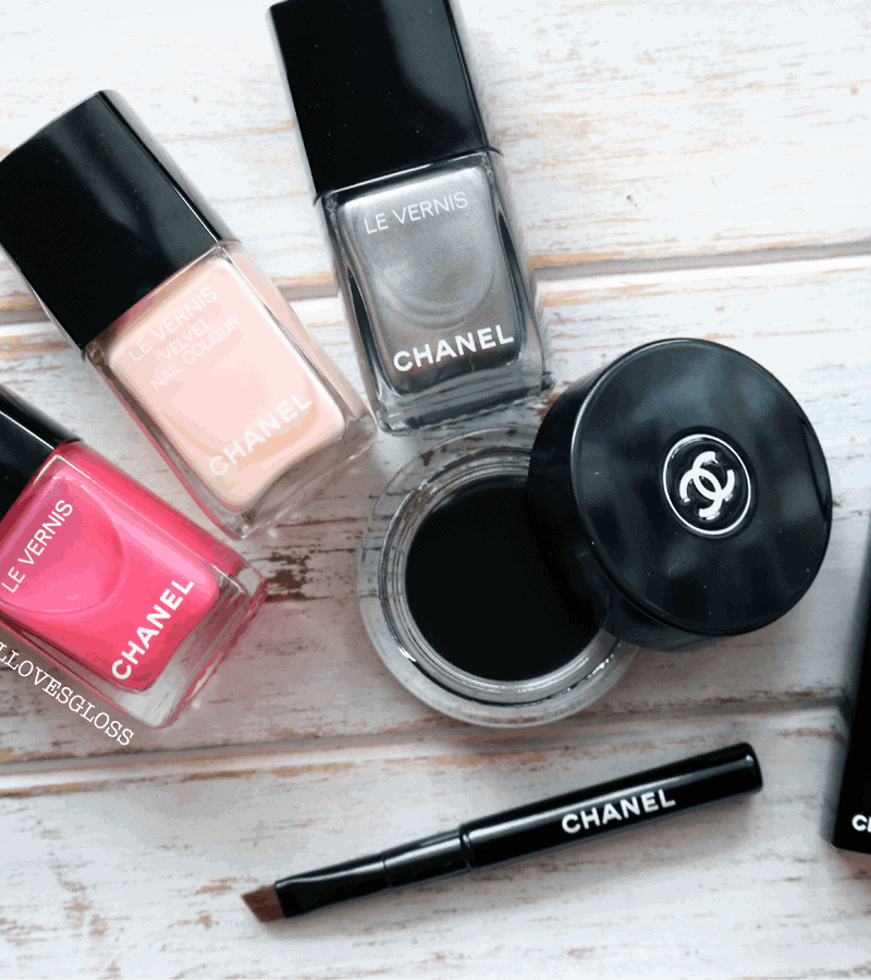 Chanel's Small Yet Surprising Collection Libre for Winter 2016