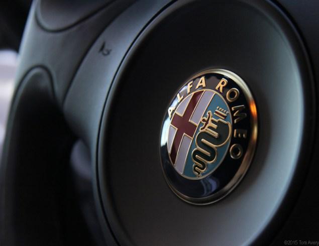 4C steering wheel
