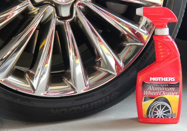Aluminum Wheel Cleaner before