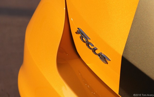 2016 Ford Focus ST badge