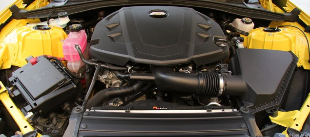 2016 Chevrolet Camaro RS V6 engine