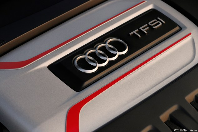 2016 Audi TTS Coupe engine