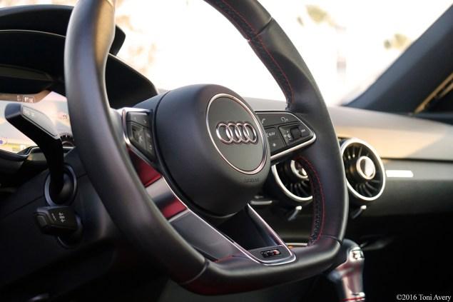 2016 Audi TTS Coupe steering wheel