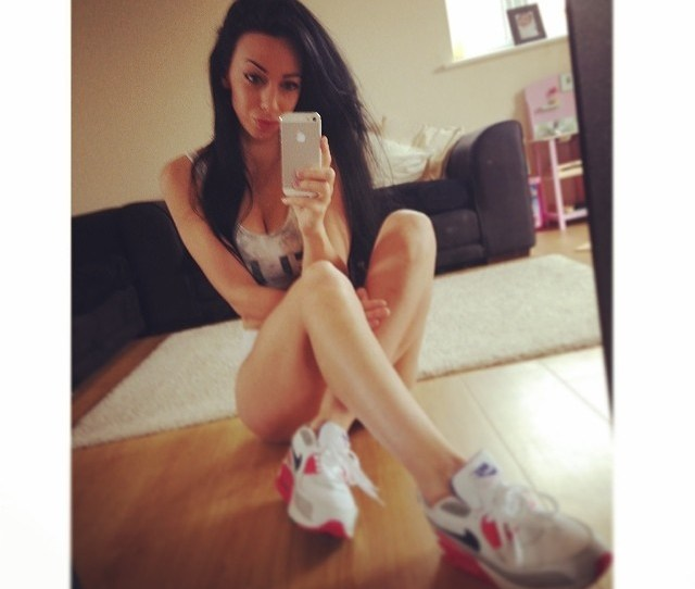 Girls Wearing Jordans And Air Max Kicks Selfie Time