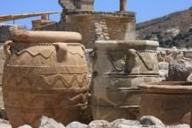 Pithoi, grandes recipientes para armazenamento, Palácio de Knossos, Creta
