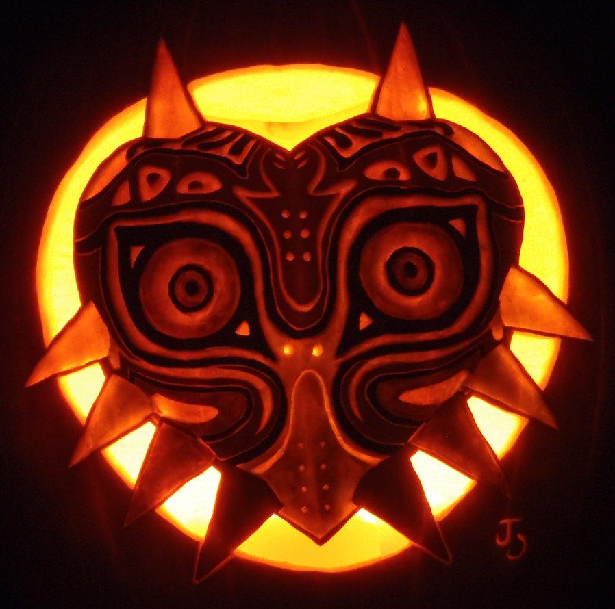 Majora's mask pumpkin by johwee.deviantart.com