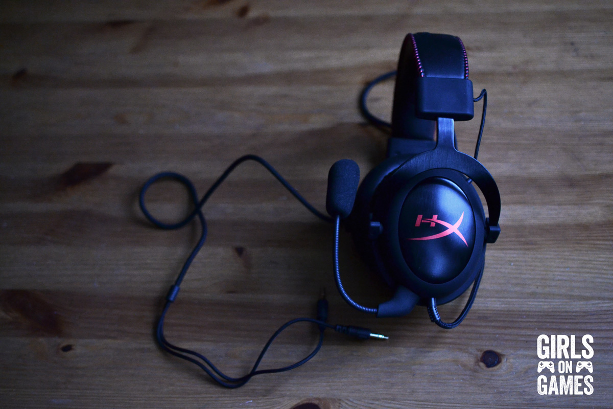 Kingston Hyper X Cloud Gaming Headset. Photo © Catherine Smith-Desbiens / Girls on Games