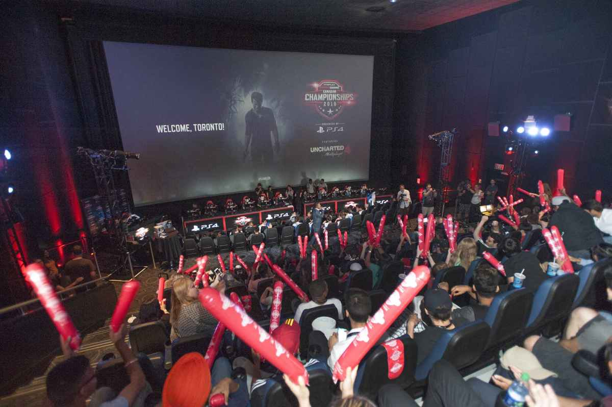 World Gaming Uncharted 4 Crowd
