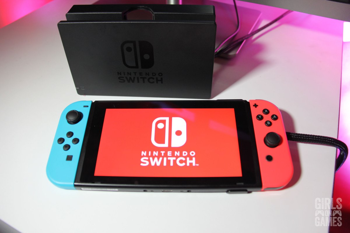 Nintendo Switch with Joy-Cons attached. Photo: Leah Jewer / Girls on Games