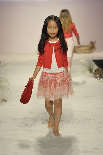 Miss Blumarine – Ready-to-Wear – Runway Collection – Children Spring / Summer 2015