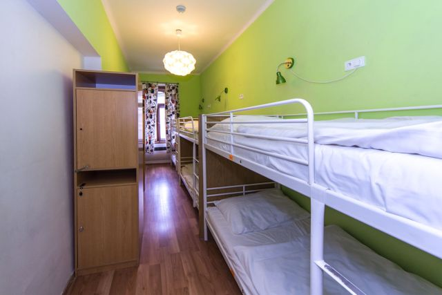 Hostel Orange Prage - Review - Room 6 persons.jpg