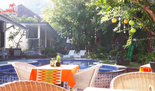 Travel guide Senggigi, Lombok – things to do, eat, sleep, and party by @girlswanderlust 2sendok #hotel #rabbit #girlswanderlust #travel #travelling #lombok #asia #senggigi.jpg