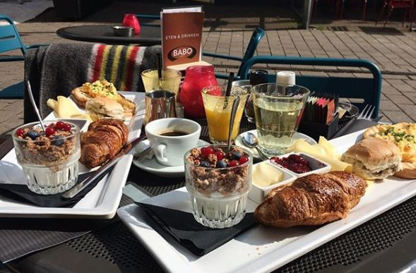 10 best places to have breakfast in Arnhem by @girlswanderlust #babocafe #arnhem #gelderland #nederland #netherlands #breakfast #ontbijt #girlswanderlust #travel #travelling #wanderlust