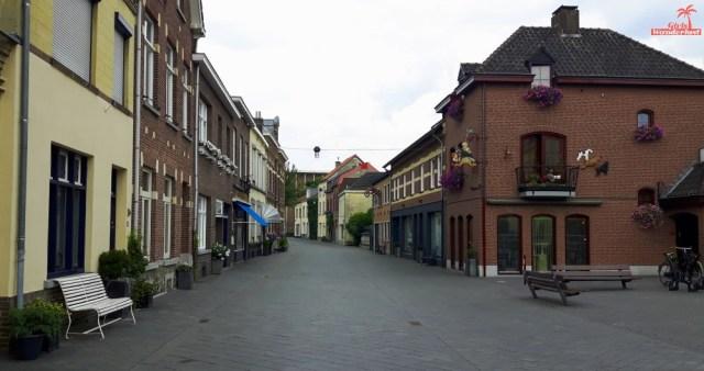 A day trip to Valkenburg – including 15 exciting things to do in #Valkenburg #Netherlands by @girlswanderlust #nederland #holland #maastricht #limburg #travel #travelling #girlswanderl