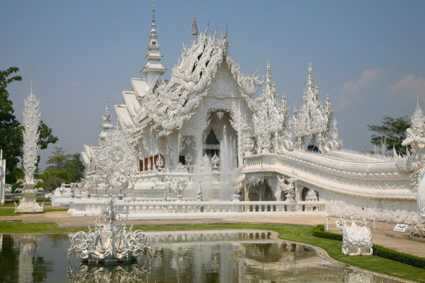 White Temple, Chiang Rai, Thailand by ryan harvey, on Flickr