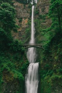 Great Hikes in the Columbia Gorge, Multnomah Falls Hike, Girl Who Travels the World