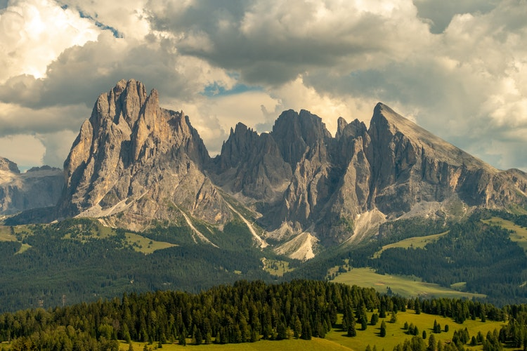 20 Photos to Inspire Your Italy Travels, Girl Who Travels the World, Dolomites, Alpe di Siusi, Italy