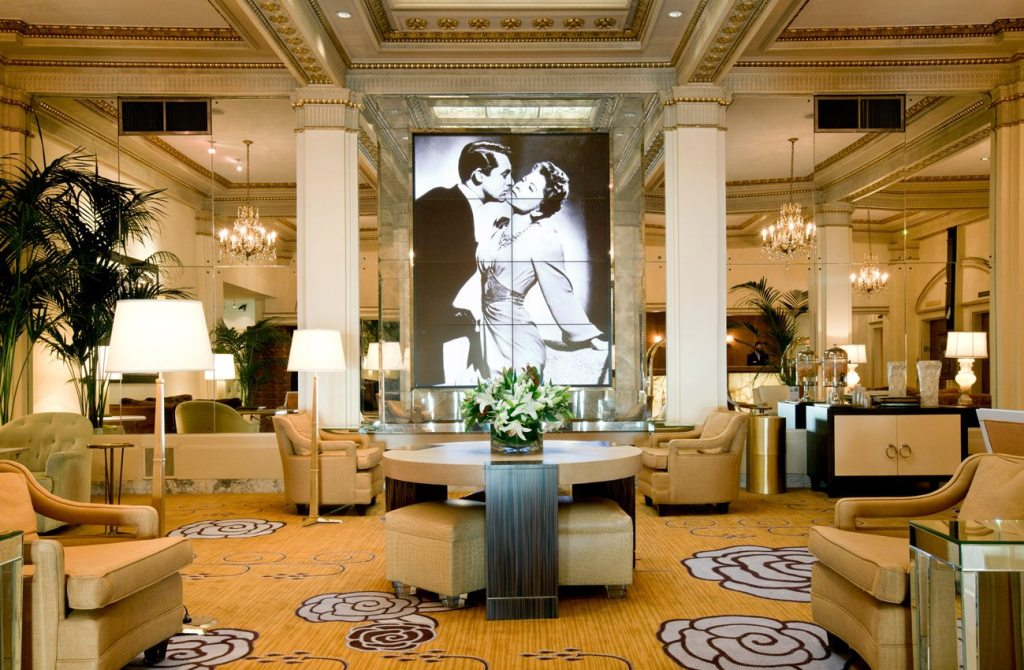 Best Pet-Friendly Hotels in Portland, Oregon, Girl Who Travels the World, Hotel Deluxe Lobby