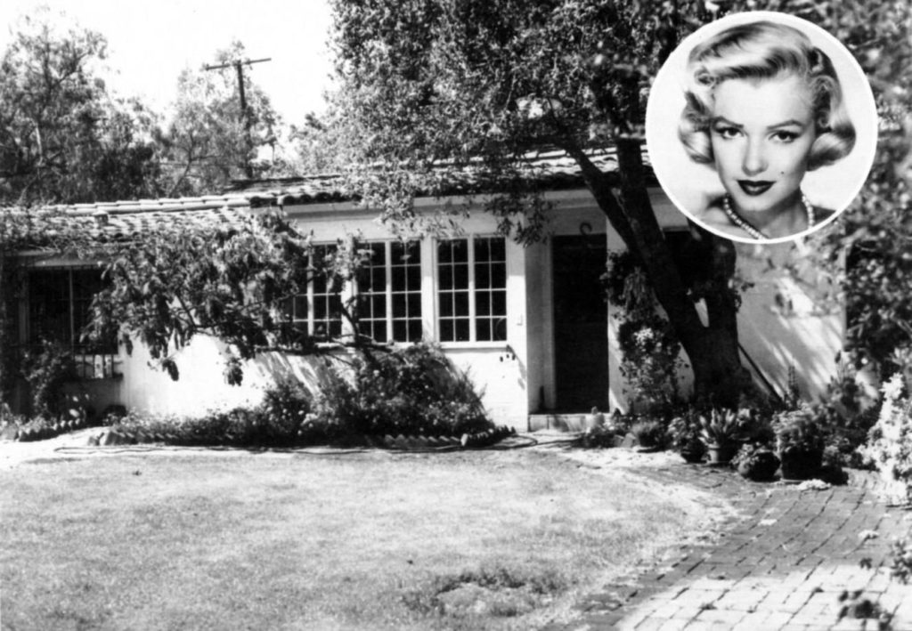 What Really Happened to Marilyn Monroe? Girl Who Travels the World, Fifth Helena