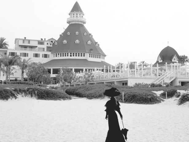 Most Haunted Hotels in Southern California, Girl WHo Travels the World